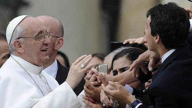 papa-francisco-dia-normal--644x362.jpg