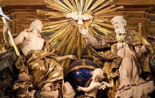 La Trinidad es el rostro con el que Dios se nos ha revelado 1