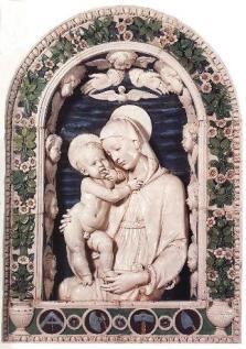 """""""La Virgen es la mamá que nos ayuda a crecer, a afrontar la vida, a ser libres"""" 1"""