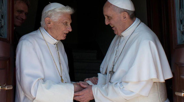 Benedicto XVI ya vive en el Vaticano 3