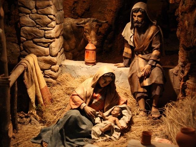 Fotos De El Pesebre De Jesus.El Nacimiento De Jesus En Belen Explicado Por Benedicto