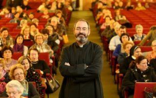 """Padre Montes: """"Muchas veces en los campos de refugiados veo sonrisas de alegría que no veo en las ciudades de Occidente"""" 6"""