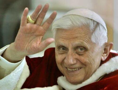 Así fue la renuncia de Benedicto XVI, minuto a minuto
