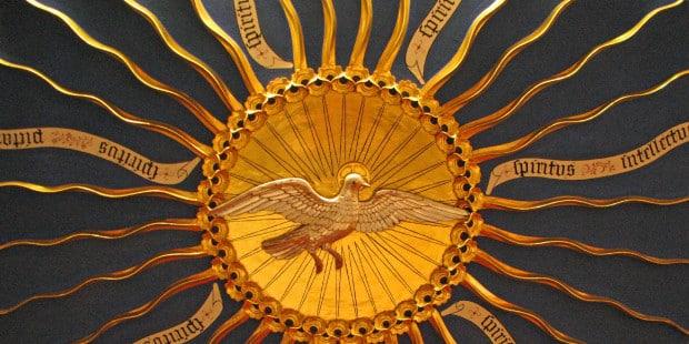 """1º Día Decenario al Espíritu Santo – """"Envía tu Espíritu y serán creados"""" 1"""