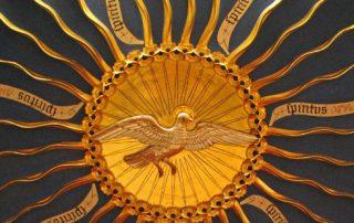 """1º Día Decenario al Espíritu Santo – """"Envía tu Espíritu y serán creados"""" 3"""