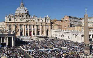 Estadísticas del Vaticano: Aumenta el número de católicos en el mundo 1