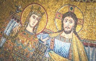 ¿Por qué los cristianos pasaron de ser un grupo marginal en el imperio romano a convertirse en la religión más importante? 6