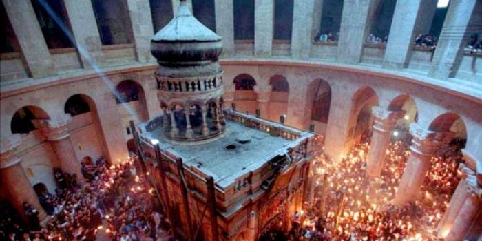Descubren un antiguo altar escondido en el Santo Sepulcro de Jerusalén 1