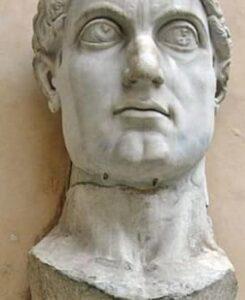 ¿Cómo favoreció Constantino a los cristianos hasta asentarlos socialmente dentro del Imperio? 2