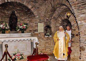 ¿Puede ser Éfeso el lugar de la dormición de la Virgen? - La Casa de María en Éfeso 2