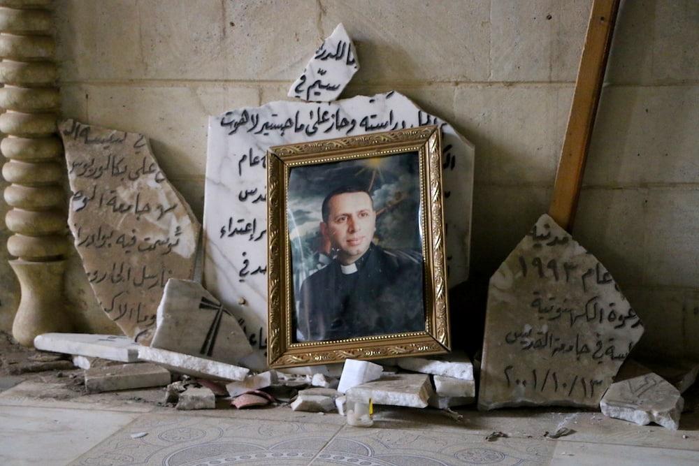 La familia iraquí que habló al Papa de su hijo sacerdote mártir 1
