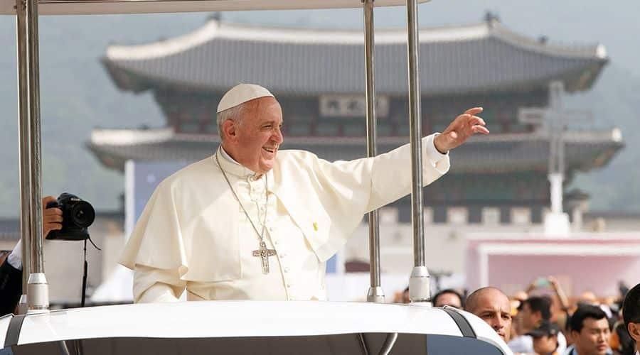 El Vaticano y China firman un acuerdo histórico sobre nombramiento de obispos tras 70 años de persecución 1