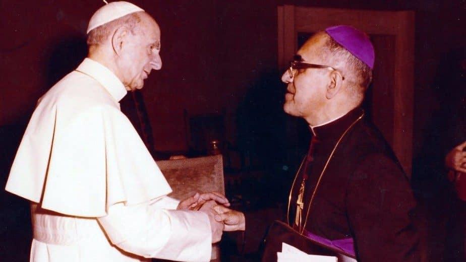 Pablo VI y Monseñor Óscar Romero ya son santos 1