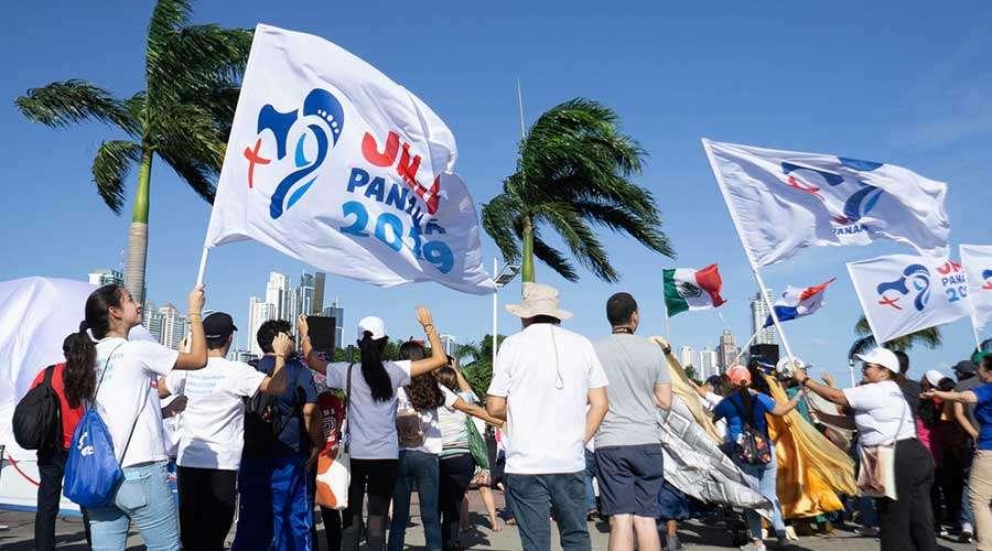 """La """"revolución del servicio"""" desde la JMJ de Panamá 1"""
