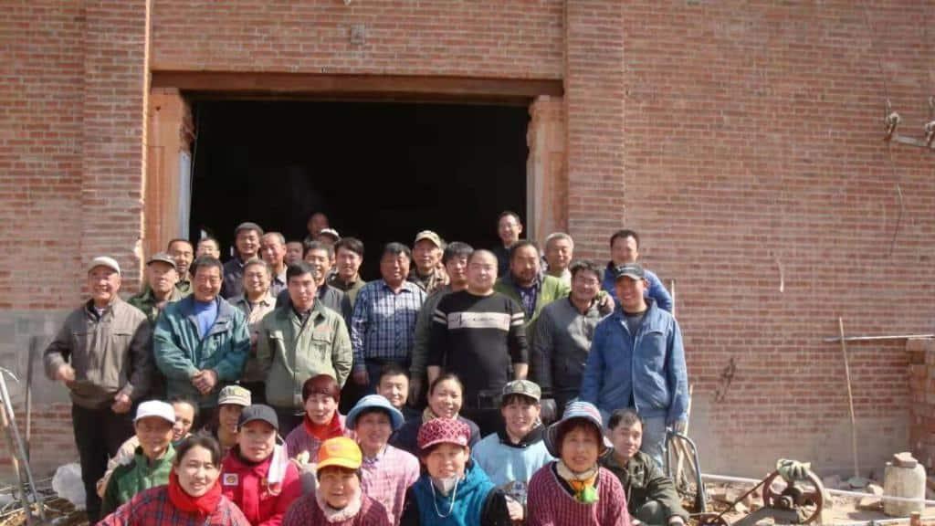 #China - una fábrica abandonada se convierte en iglesia 1