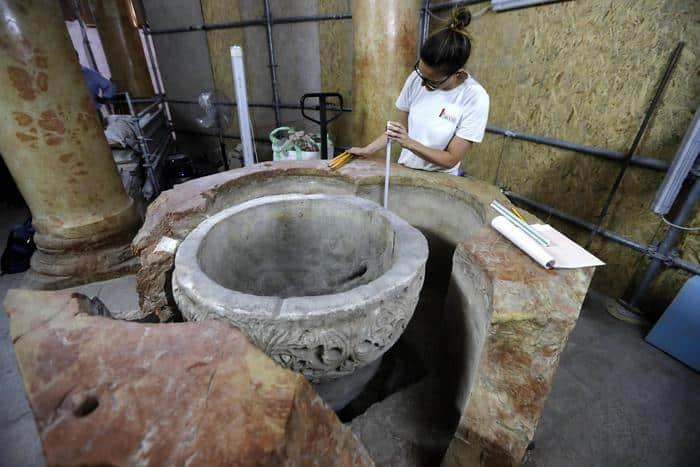 #Belén - Fuente bautismal descubierta durante los trabajos de restauración en la Basílica de la Natividad 1