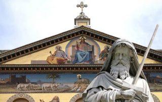 Descubre el lugar del último abrazo entre San Pedro y San Pablo 9