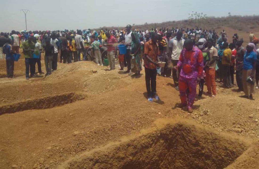 Los cristianos del norte de Burkina son atacados, expulsados y asesinados pueblo por pueblo 1