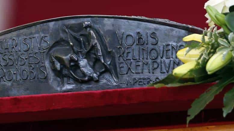 El Papa explica significado de las reliquias de San Pedro regaladas al Patriarca ortodoxo 1