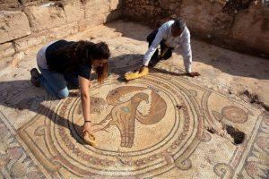 "Arqueólogos descubren una antigua iglesiaI dedicada al ""Glorioso Mártir"" - cerca de Jerusalén 3"