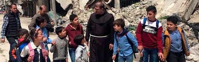 «Reconstruir Siria no se hace con ladrillos sino reconstruyendo al hombre» - Fray Firas 1