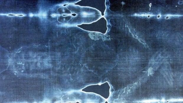 Un estudio asegura que la imagen impresa en la Sábana Santa es de «una persona viva» 1