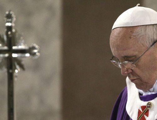 Papa da ideas sobre cómo vivir la Cuaresma: ayuno de televisión, celular y de críticas