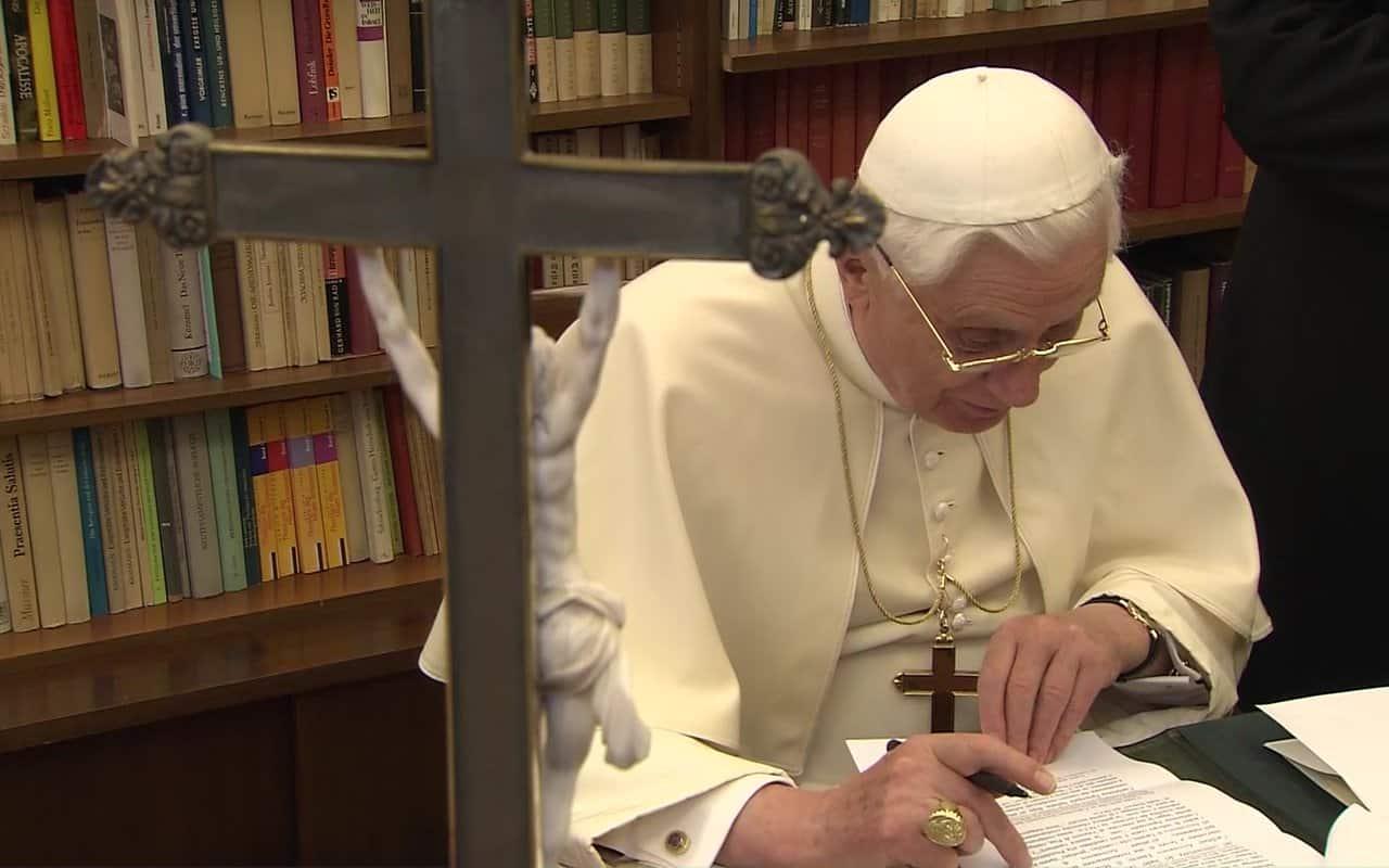 Carta de Benedicto XVI por el centenario del nacimiento de Juan Pablo II 1