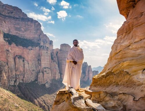 La Iglesia de Abuna Yemata, Etiopía –  La más peligrosa del mundo