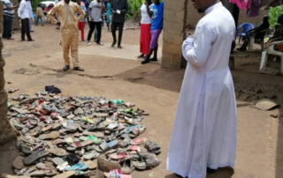 """Nigeria: """"Es como si nos dejaran morir a causa de nuestra fe"""" 7"""