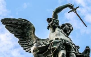 La curiosa historia de la estatua del ángel que frenó la peste en Roma 1