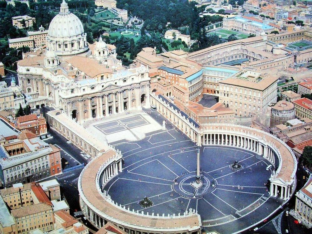 Impresionante visita virtual a la Basílica de San Pedro y a la Capilla Sixtina 1