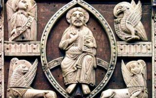 ¿Por qué a los 4 evangelistas se les representan como a un ángel, un león, un buey y unáguila? 5