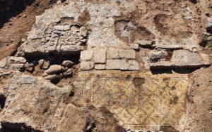 """Hallan en Galilea una inscripción de hace 1.500 años que contiene el rótulo """"Cristo nacido de María"""" 2"""