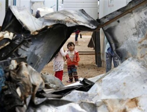 Refugiados de Siria que escaparon de la guerra sobreviven entre duras condiciones