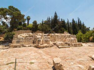 Emaús Al Qubeibeh - La aparición de Jesús resucitado a dos discípulos 1