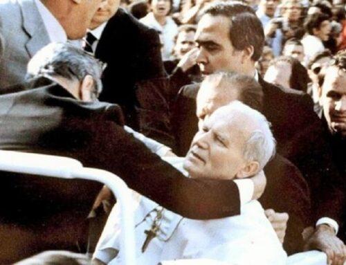 """Atentado a Juan Pablo II – """"Fue un shock. Descubrimos que era vulnerable"""""""