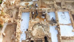 """Una app innovadora para visitar la iglesia del """"Glorioso Mártir"""" - en Bet Shemesh 2"""
